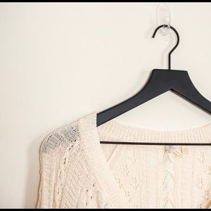 Anthropologie Sweaters - Anthropologie Maeve brand cropped sweater